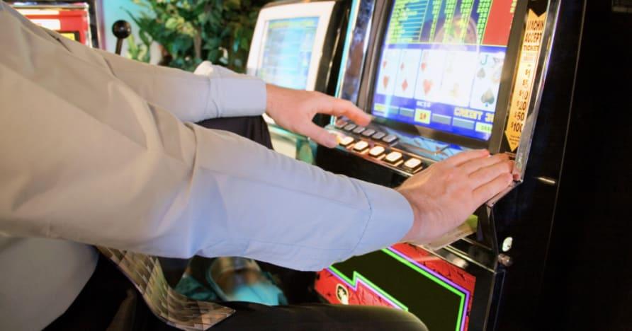 Cách chơi Video Poker: Hướng dẫn đầy đủ cho người mới bắt đầu