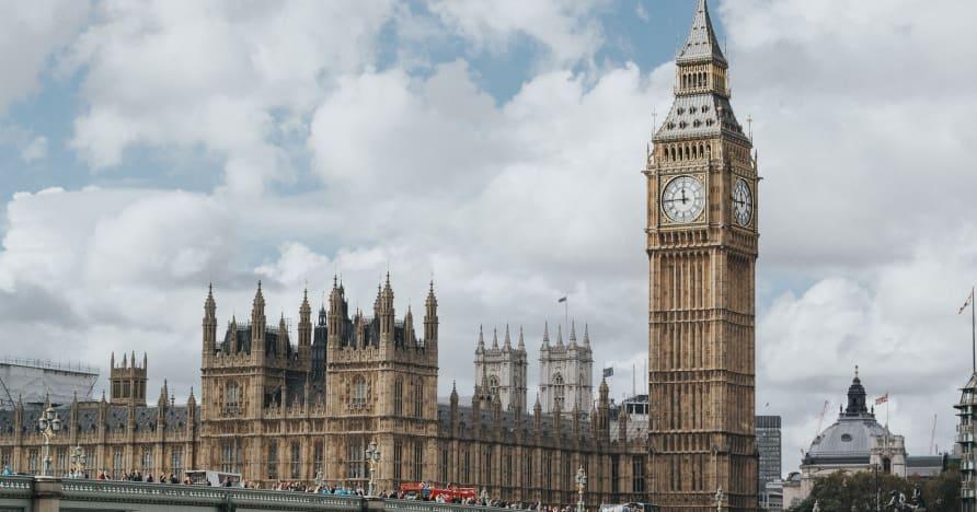 Tại sao Đạo luật cờ bạc Vương quốc Anh sửa đổi 2005 có thể phải đợi đến năm 2022